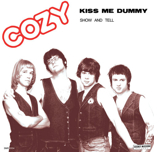 Cozy‎ KissMeDummy